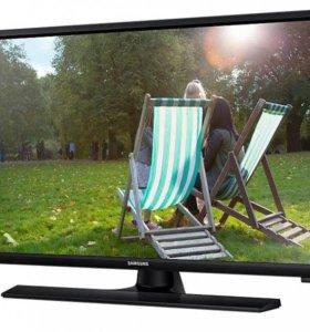 """Новый телевизор 31,5"""" (80см) Samsung."""