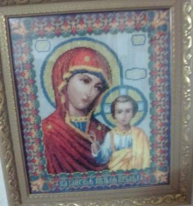 """Икона вышитая крестом """"Казанская Божья Мать"""""""