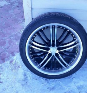 Продам шины с литьём 245/40 19