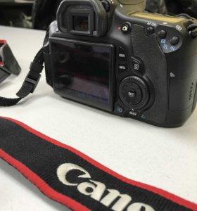 Превосходный зеркальный фотоаппарат Canon 60D