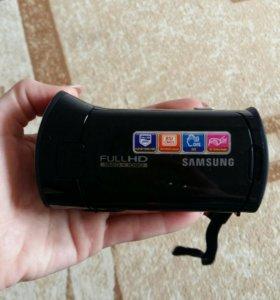 Цыфровая видеокамера.