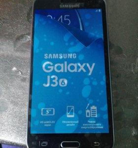 СРОЧНО ПРОДАМ Samsung Galaxy J 3