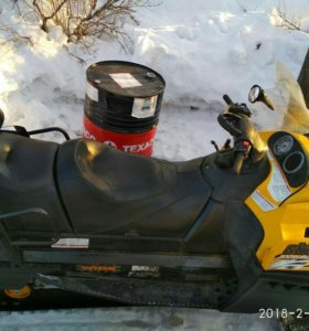 Снегоход Ski-doo Skandik SWT