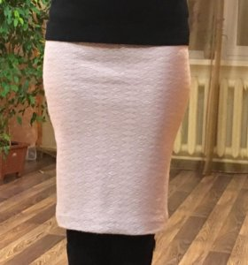 новая трикотажная юбка-карандаш