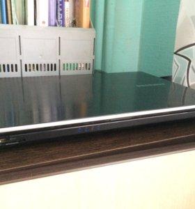Ноутбук SAMSUNG 300v3a