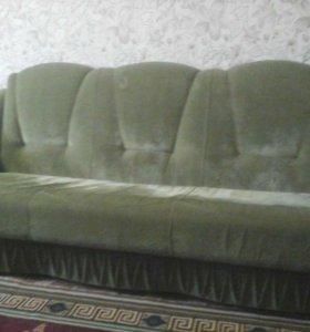 Холл с двумя креслами