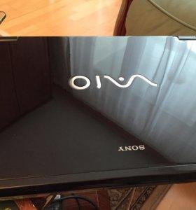 Ноутбук Sony Vaio VGN-AR21SR