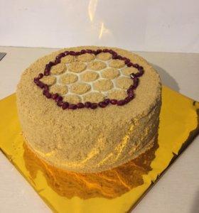 Сладкие вкусности (торты,капкейки и многое др.)