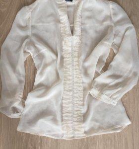 Блузка кремовая