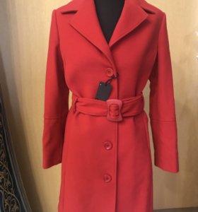 Пальто женское Италия Bochetto новое