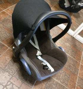Кресло Maxi cosi 0+