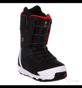 Сноубордические ботинки Forum Contract