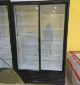 Холодильная витрина вертикальная 2шт