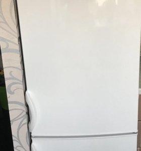 Холодильник « Gorenje «