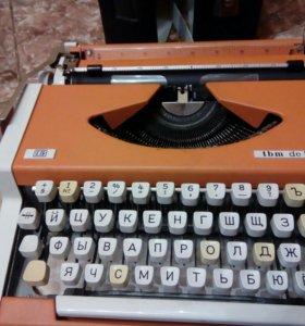 Новая миниатюрная печатная машинка