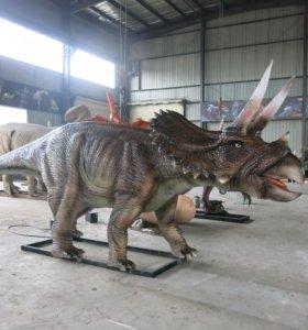 Динозавр аниматронный, ищет хозяина!