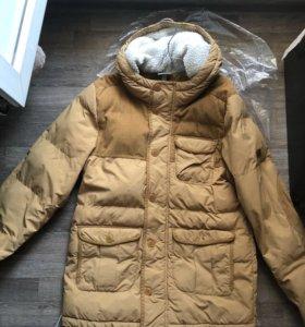 Продаю мужскую зимнюю куртку Adidas NEO