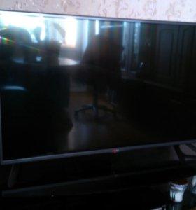 Телевизор LG (42 дюйма)