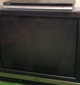 Телевизоры и DVD проигрыватель
