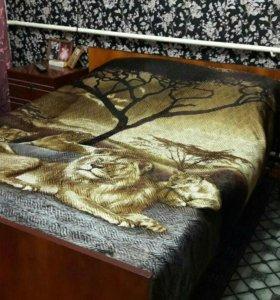 Кровать 2-х спальная и 2 тумбы