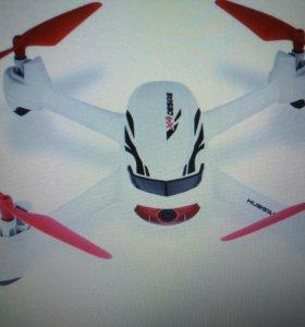 Квадрокоптер с gps 720hp камерой
