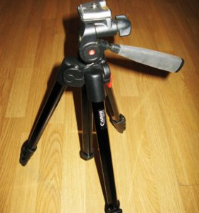 Штатив Canon produced by Manfrotto