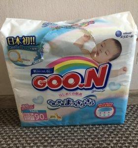 Подгузники Goon Newborn (до 5 кг) 90 штук