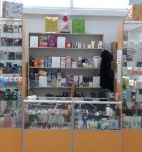 отдел парфюма и косметики