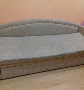 Продаю диван-тахту.