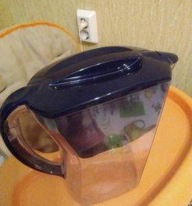 Фильтр для питьевой вода 2 литра. АQUAPHOR