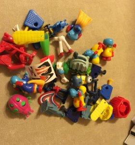 Маленькие игрушки для ребёнка