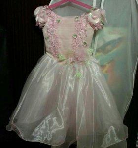 Платья и обувь для девочки