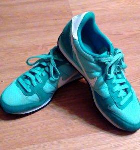 Кроссовки Nike (оригинал) р. 39-40 (Индонезия)