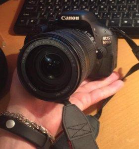 Canon 600d +штатив