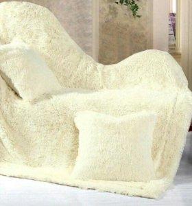 Меховые пледы и подушки