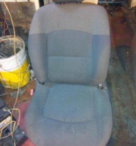 Седенье для рено симбол,клио