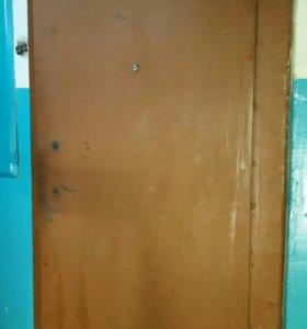 Дверь металичесеая