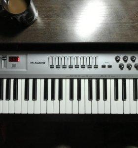 Midi-клавиатура M-Audio Radium49