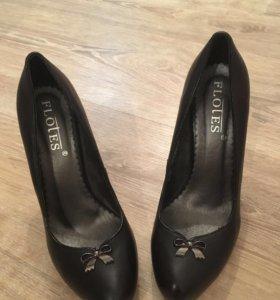 Туфли женские кожаные, 37 размер