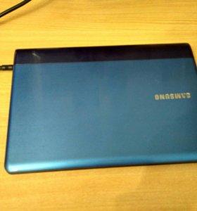 Ноутбук Samsung NP300U1A Intel Core i3 4 gb RAM