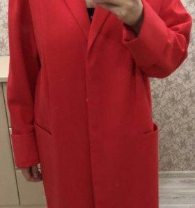 Пальто для беременной. Размер от 48 до 52