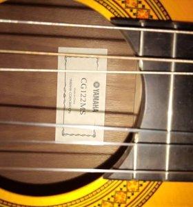 Классическая гитара Yamaha CG122MS +чехол