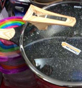 Сковорода ВОК с крышкой с пароотводом. 32 см.