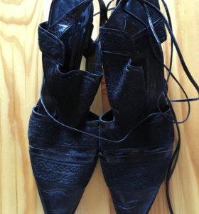 Туфли босоножки Gianni Barbato р 39