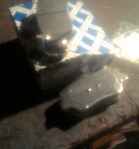 Колодки тормозные передние для Kia Sarento ll