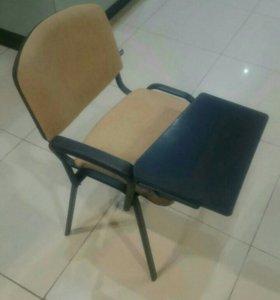 Стул со столиком