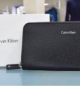 клатч Calvin Klein