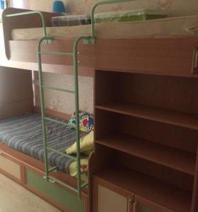 Двухъярусная кровать 🛏