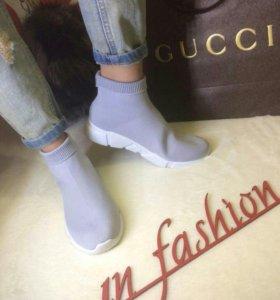 Новые кроссовки-носки