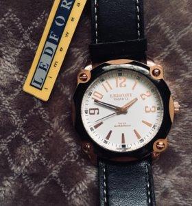 Часы Ledfort Quartz новые